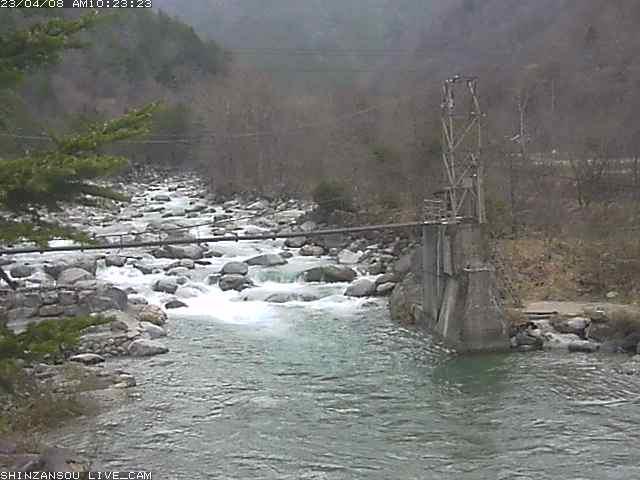 かじか橋ライブカメラ画像です。 この画像はおよそ10分おきに更新されています。