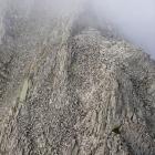 101.岩屑を登る
