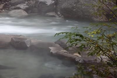 高山市奥飛騨温泉郷新穂高温泉深山荘混浴露天風呂
