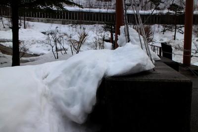 高山市奥飛騨温泉郷新穂高温泉深山荘雪の造形