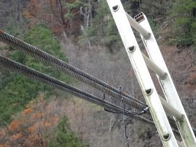 吊り橋電飾交換
